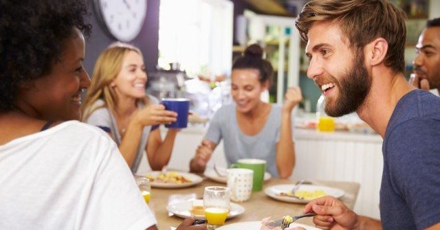 Discover the Rules of Restaurant Diet to savor The Food